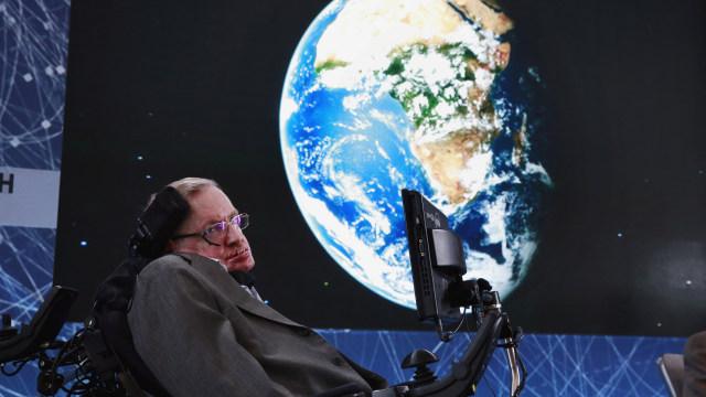 Teori Stephen Hawking yang Mengubah Dunia